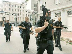 upahan tentera hitam hitam